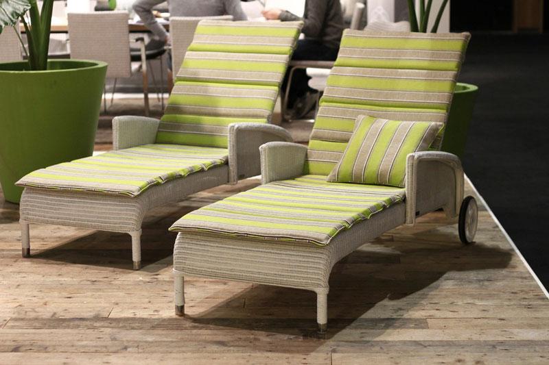 loom m bel loomsofa loom m bel outdoor loom m bel wetterfest loomm bel. Black Bedroom Furniture Sets. Home Design Ideas